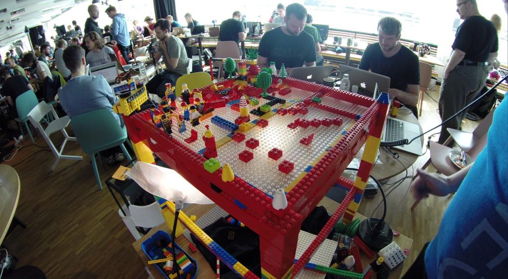 LegoTechno at MidiHack